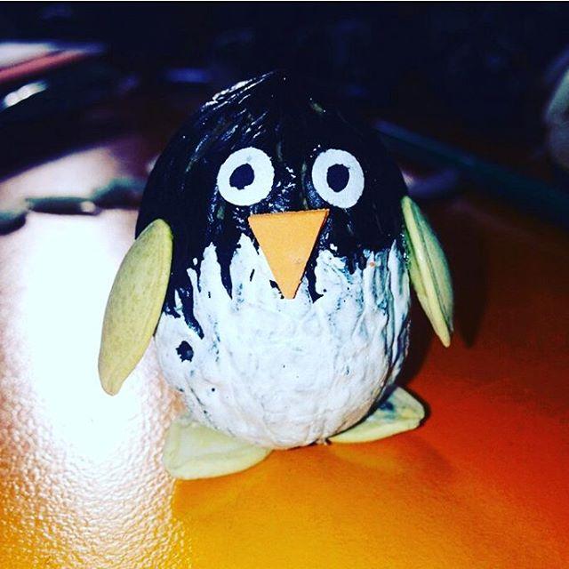 walnut shell penguin craft