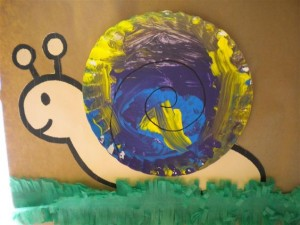 paper plate snail craft idea (1)