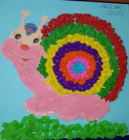 snail bulletin board idea (2)