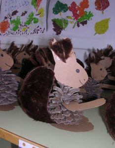pine cone squirrel craft