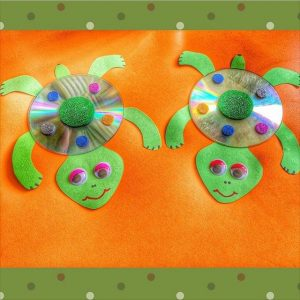 cd turtle craft