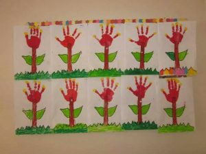 handprint craft idea for preschoolers (1)