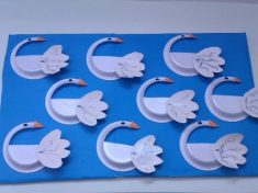 paper plate swan craft