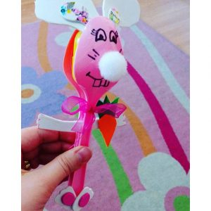 plastic spoon bunny craft