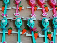 plastic spoon bunny craft idea