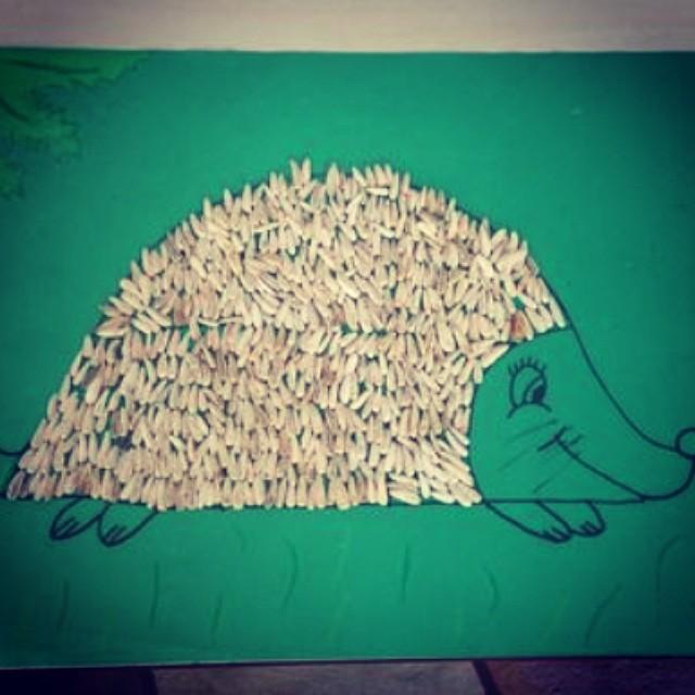 recycled hedgehog craft (2)