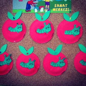 paper-plate-apple-craft-idea
