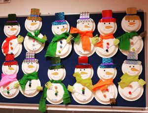 paper-plate-snowman-craft-for-kids-2