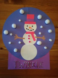 snow-globe-craft-idea-for-kids-2