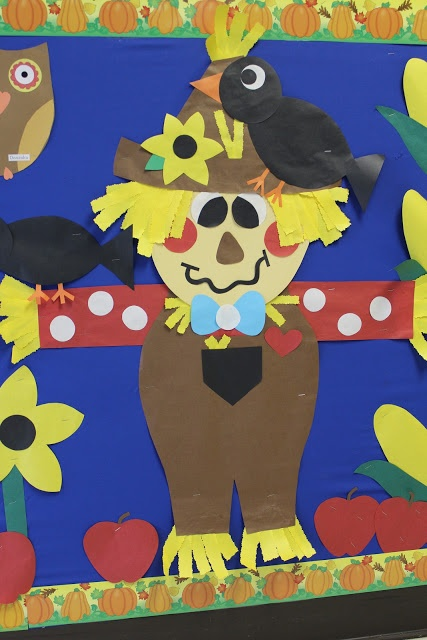 scarecrow-Bulletin-Board-idea