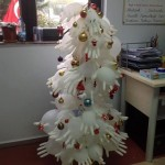 gloves christmas tree