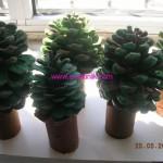 pinecone tree craft