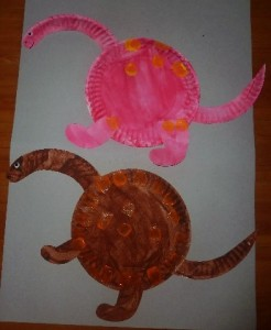 Paper Plate Dinosaur Fun