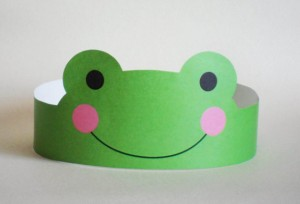 frog paper crown craft