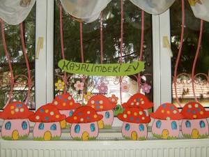 mushroom house craft