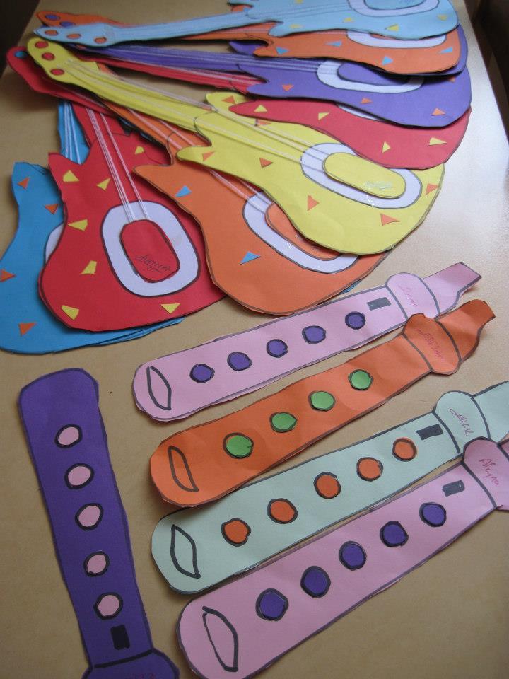 paper guitar craft