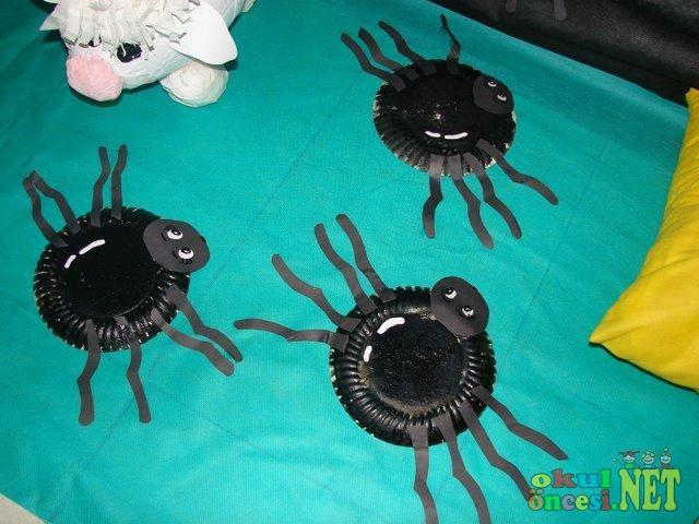 paper_plate_spider_craft