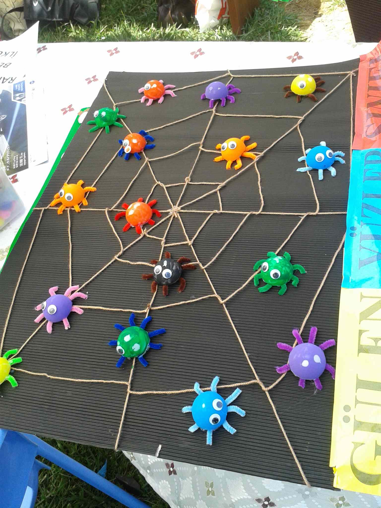 ping-pong ball spider craft