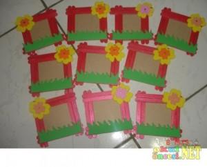 popsicle stick frame craft idea for kids