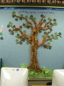 tree bulletin craft