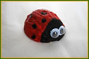 walnuts ladybug craft