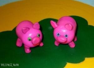 Kinder Surprise Pigs