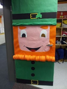 St Patrick's Day door decoration craft 1