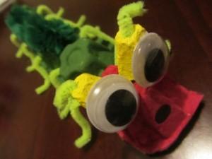 egg carton caterpillar craft for kids