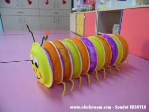 paper_plate_caterpillar
