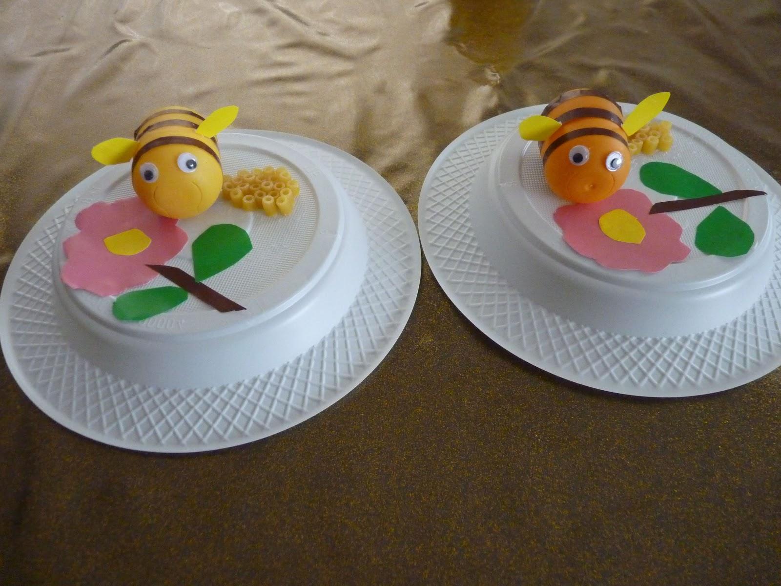 plastic-egg-bee-craft