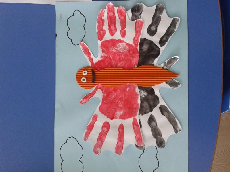 handprint butterfly craft_800x600