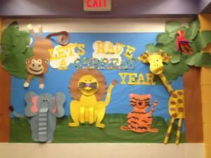 rainforest bulletin board idea for kids (2)