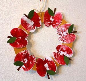 apple print wreath craft