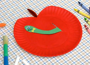 paper plate apple