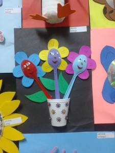 plastic spoon flower_450x600