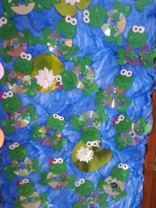 cd frog craft idea