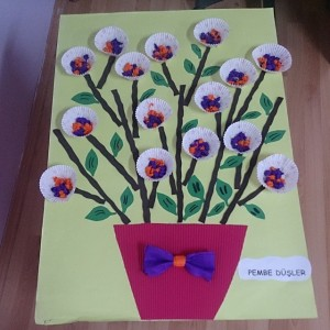 cupcake liner flower craft