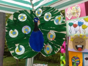 free peacock craft idea for kids (4)_800x600