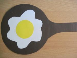 fried egg craft idea (2)