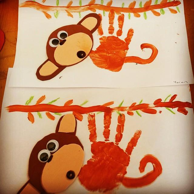handprint monkey craft (1)