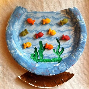 paper plate aquarium craft (1)