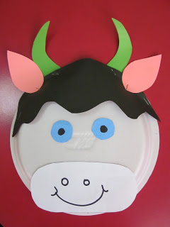 paper plate cow craft