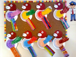 paper plate parrot craft