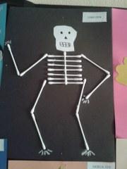 qtip skeleton craft (1)_180x240