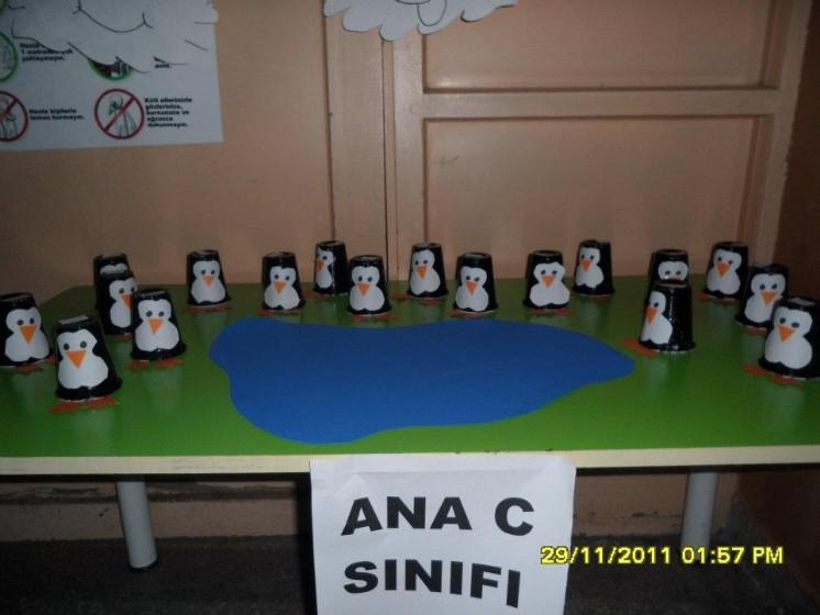 paper cup penguin