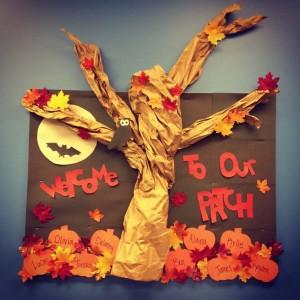 autumn bulletin board idea (1)