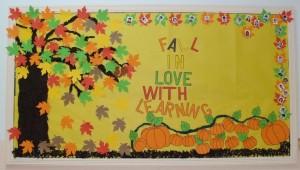 autumn bulletin board idea (3)