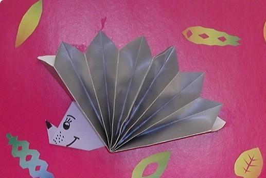 origami hedgehog craft