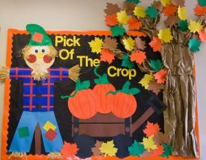 pumpkin bulletin board idea (4)