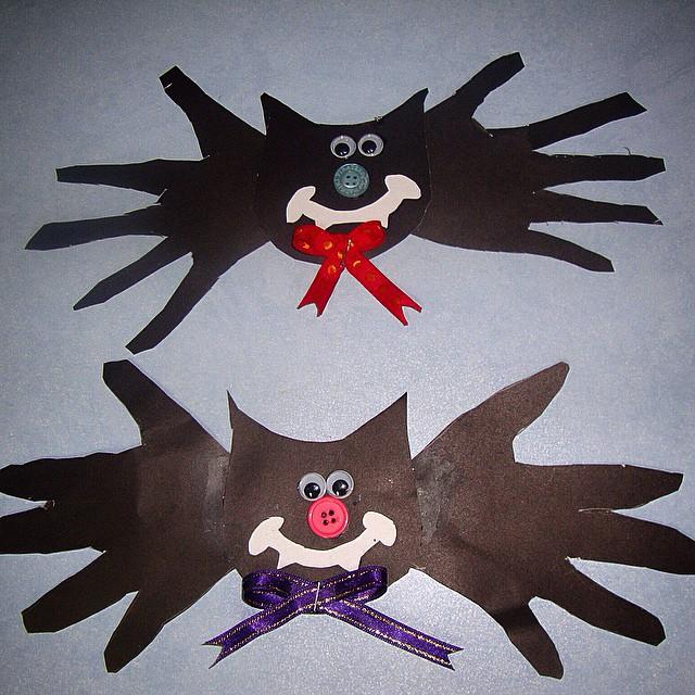 handprint bat craft (2)